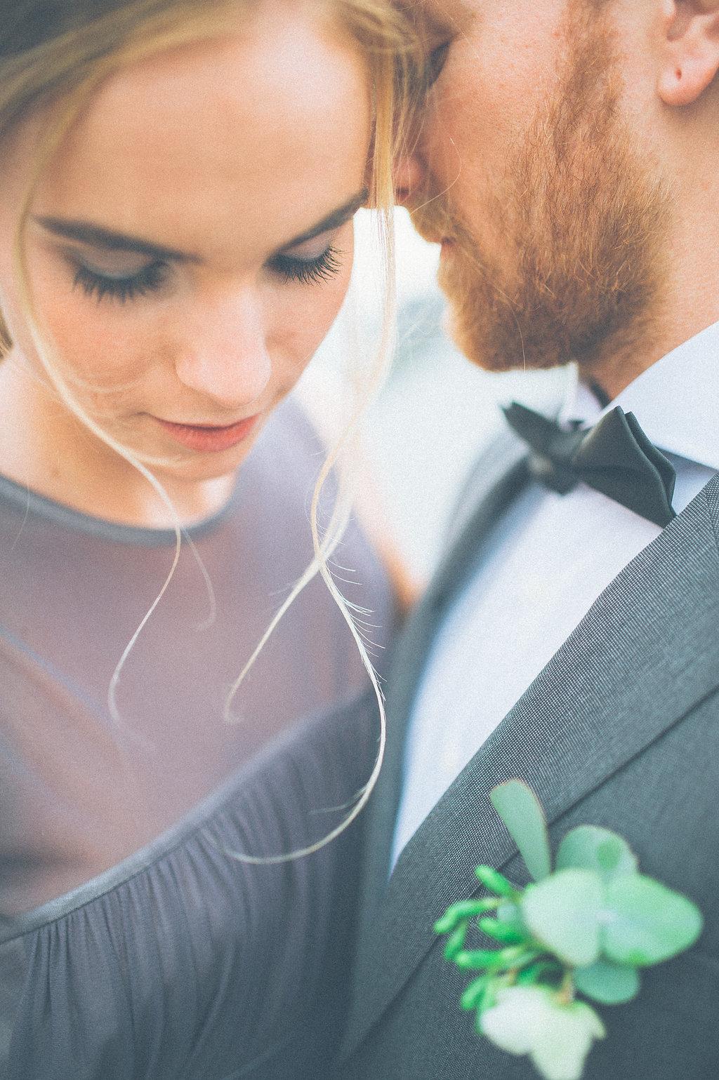 hochzeitsdekoration, München, kolbermoor, alte Spinnerei, Brautstrauß, Hochzeit, Hochzeitsdeko, Wedding planer, Blumendeko, winter Hochzeit, bouquet